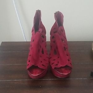 House of Harlow Red Cutout Booties Size 39.5